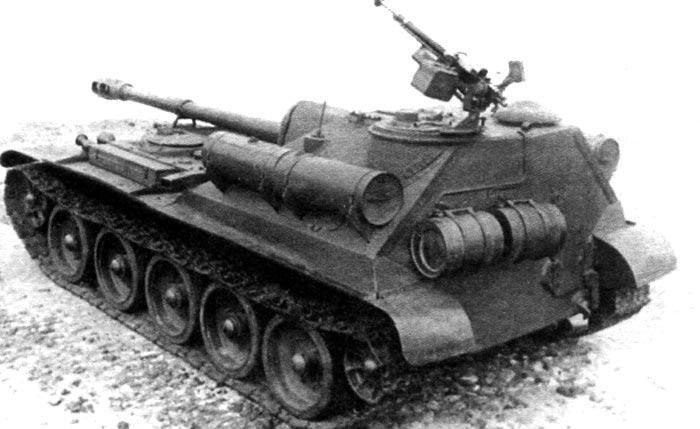 Самоходные установки СУ-101 и СУ-102. СССР