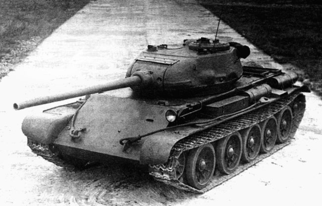 К тому времени Т-44 уже не